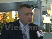 越南与捷克促进多方面合作
