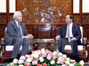 国家主席陈大光:越南欢迎美国通用电气公司扩大在越投资