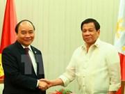 政府总理阮春福会见菲律宾总统杜特尔特