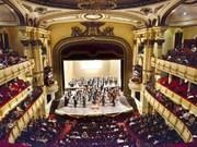 河内大剧院从6月起开门迎接各地游客前往参观