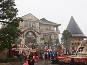 越南南方解放日和五一国际劳动节假期全国接待游客量猛增