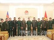 越南人民军总参谋长会见柬埔寨国防部国务秘书代表团