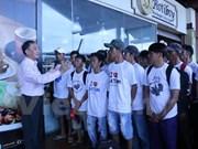 印尼释放100名越南渔民回国