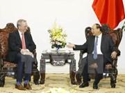 越南政府总理阮春福会见谷歌母公司Alphabet代表团