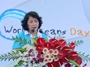 国家副主席邓氏玉盛出席响应2017年越南海洋岛屿周集会
