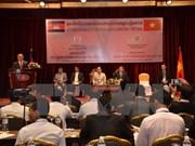 越柬关系50周年:两国关系将继续向前发展