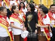 国家副主席邓氏玉盛: 继续扩大无偿献血活动的辐射力和感染力
