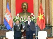 越南国家主席陈大光会见柬埔寨国会主席韩桑林