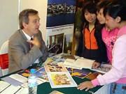 越俄加强教育培训领域的合作