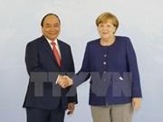 越南政府总理阮春福与德国总理安格拉•默克尔举行会谈