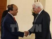 越南政府总理阮春福会见德国总统弗兰克