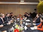 政府总理阮春福会见荷兰大型集团领导