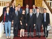 阮春福总理会见比利时、欧盟和德国驻越大使和临时代办