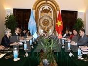 越南UNESCO国家委员会主任同UNESCO总干事进行会谈