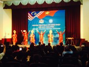 越南与马来西亚艺术交流活动在河内举行