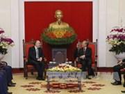 越共中央检查委员会主任陈国旺会见阿塞拜疆外交部长马梅德亚罗夫