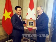 越南政府副总理王廷惠对瑞士进行工作访问
