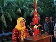 哈莉玛当选新加坡总统