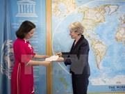 联合国教科文组织总干事高度评价同越南的关系稳健发展