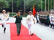 印度参谋长委员会主席苏尼尔•兰巴对越南进行正式友好访问