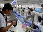 越南企业和企业家与国家一道融入世界