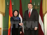 国家副主席邓氏玉盛对拉脱维亚进行正式访问