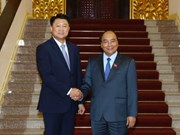 越南政府总理阮春福会见韩国国家警察厅厅长李哲圣