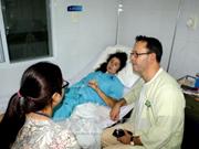 来越旅游遭车祸致心脏破裂的外国游客成功获救