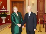 越共中央总书记阮富仲会见智利总统米歇尔•巴切莱特