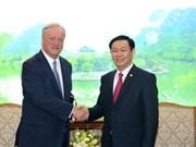 越南政府副总理王廷惠会见德勤会计师事务所全球主席柯睿尚