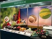 2017年乌克兰国际食品展:越南展位吸引众多参观者驻足观看