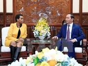 越南国家主席陈大光会见南非驻越大使