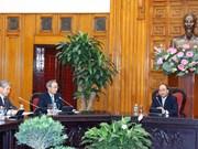 阮春福总理会见日本经济团体联合会代表团