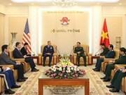 越南人民军总参谋长潘文江会见美国太平洋空军司令特伦斯·奥肖尼斯