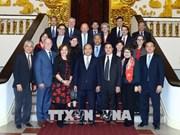 政府总理阮春福会见美国律师协会代表团