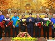 越南各省市举行仪式 欢迎各名U23球员回家