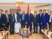 陈大光在访问印度期间开展会见活动