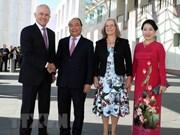 澳大利亚总理举行仪式 欢迎越南政府总理阮春福到访