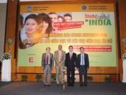 越南与印度寻找措施来促进双边教育交流