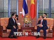 越南政府总理阮春福会见泰国总理巴育•占奥差