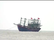 乂安省两艘渔船被不明身份的铁壳船击沉