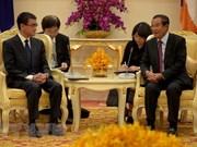 日本与柬埔寨加强双边合作