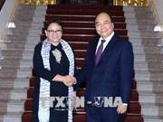 越南政府总理阮春福会见印尼外账马尔苏迪