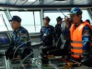越中开展2018年首次北部湾共同渔区海上联合检查行动
