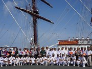 越南人民海军黎贵惇286号风帆训练舰对柬埔寨进行访问