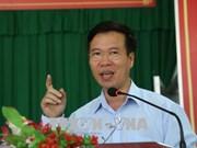 越共中央宣教部部长武文赏走进基层与同奈省选民亲切交流倾听选民建议
