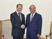 越南政府总理阮春福会见欧盟驻越南代表团团长布鲁诺•安格莱特