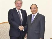 政府总理阮春福会见卢森堡外交和欧洲事务大臣阿塞尔博恩
