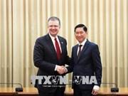 胡志明市与美国企业推动医疗领域的合作