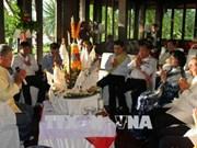 越南国家副主席邓氏玉盛圆满结束访老之旅